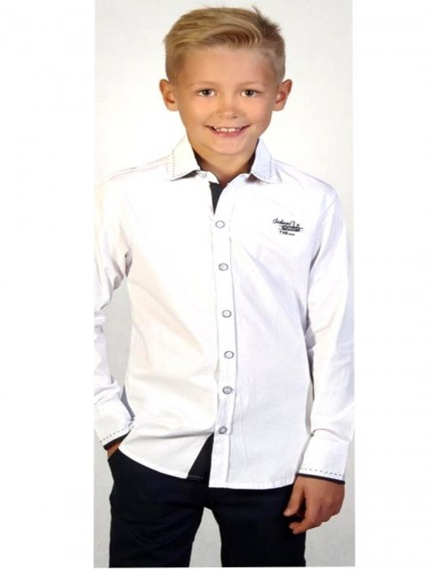 Elegancka biała koszula z haftem i przeszyciami
